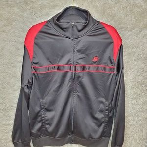 STARTER	MAN'S  BLACK/RED JACKET SIZE	M NWOT!!